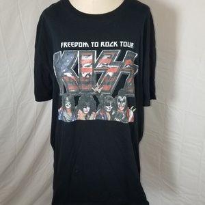 KISS Concert Tee Shirt Size 2XL